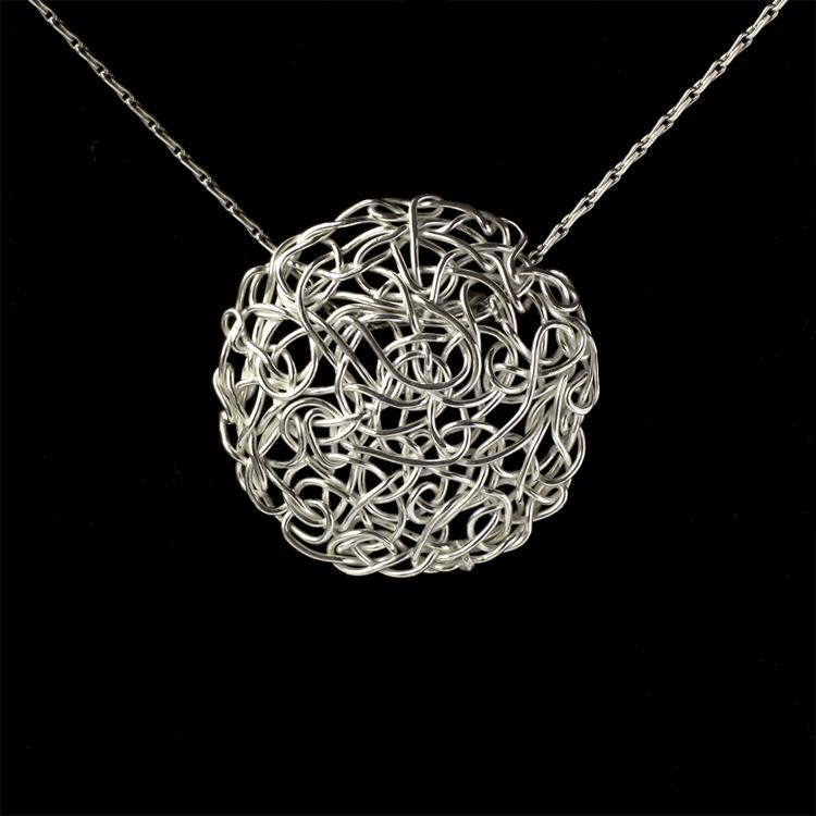 knot pendant.jpg