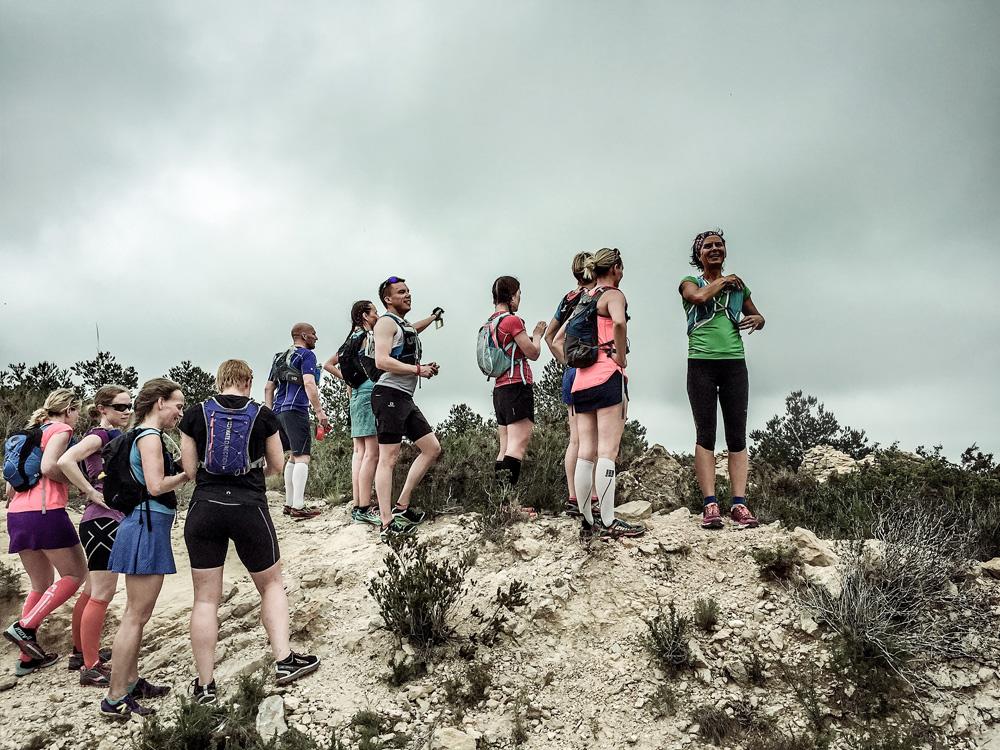 Vår spanska guide Nicole berättade om vilken väg vi skulle springa.