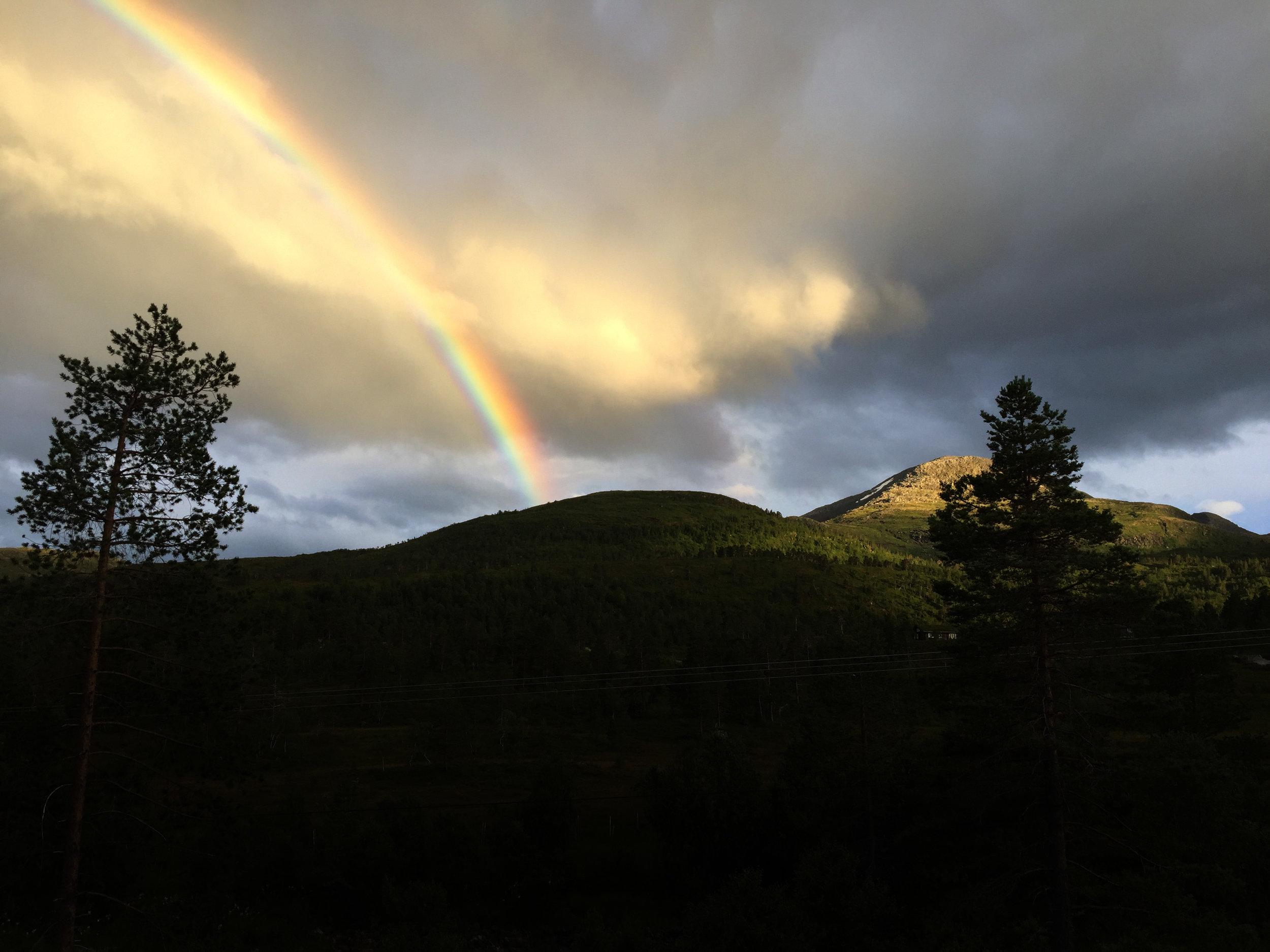 Mindfulness behöver inte handla om regnbågar och annat vackert flum. Det kan vara något så enkelt som att känna efter ordentligt hur smärtan egentligen ser ut.