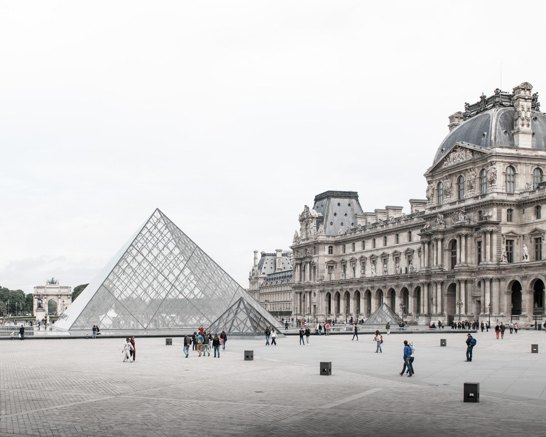 Louvre París