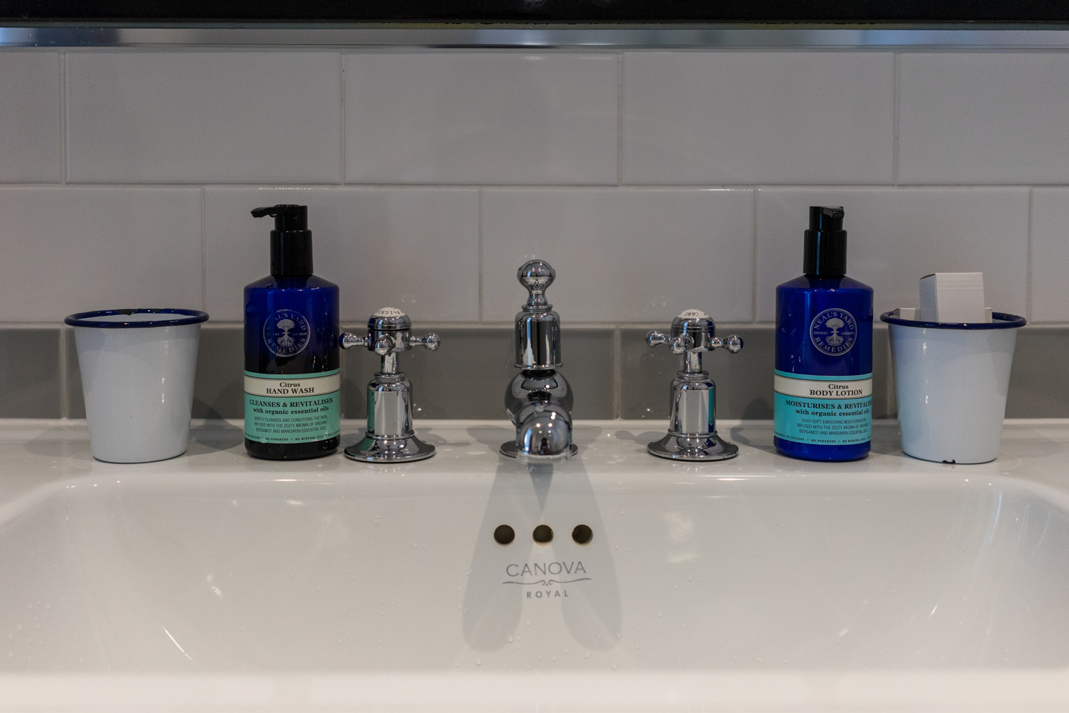 Laslett amenities