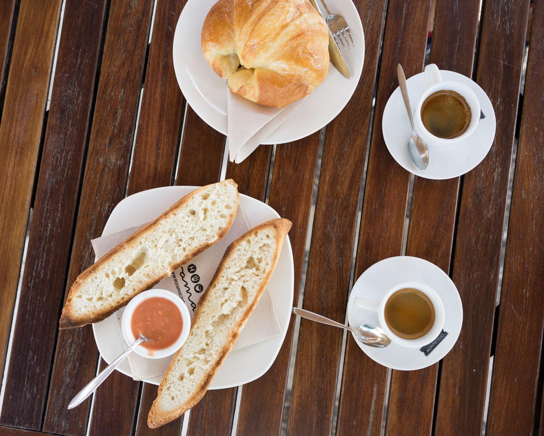 desayuno en Voramar