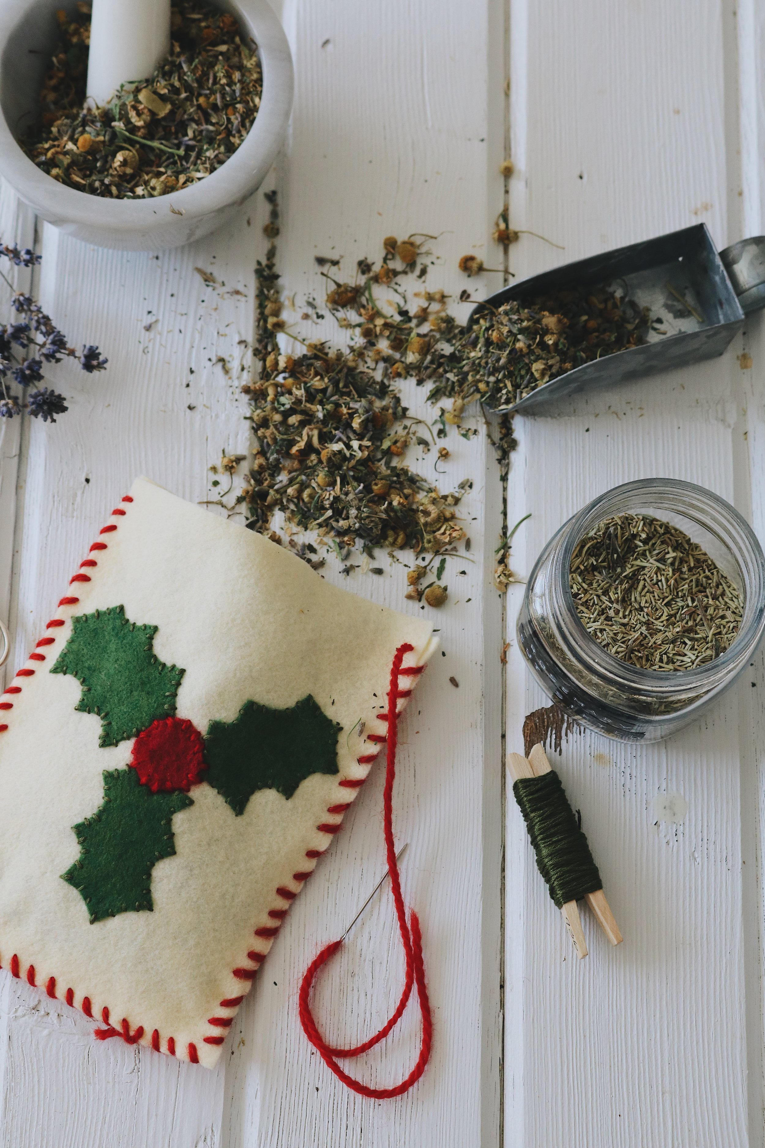Herbal Interests   DIY Holiday Herbal Dream Pillow - Under A Tin Roof Blog