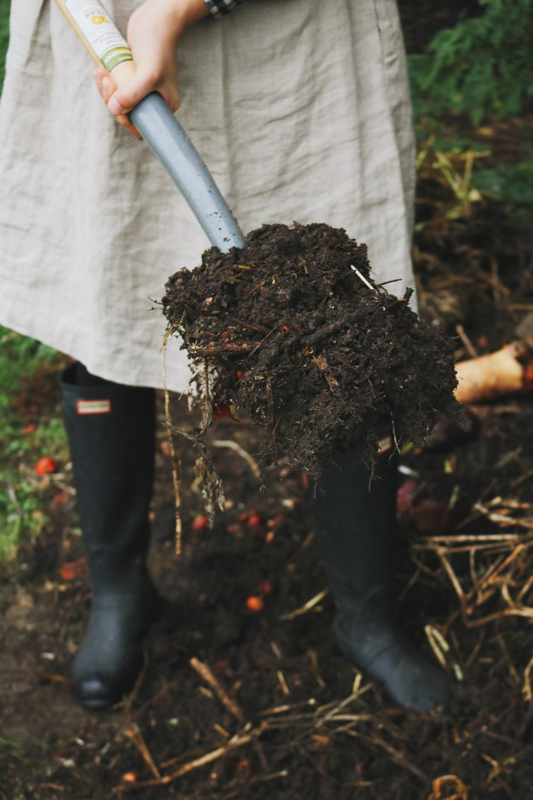 Garden Q+A: How to Begin Composting - Under A Tin Roof Blog