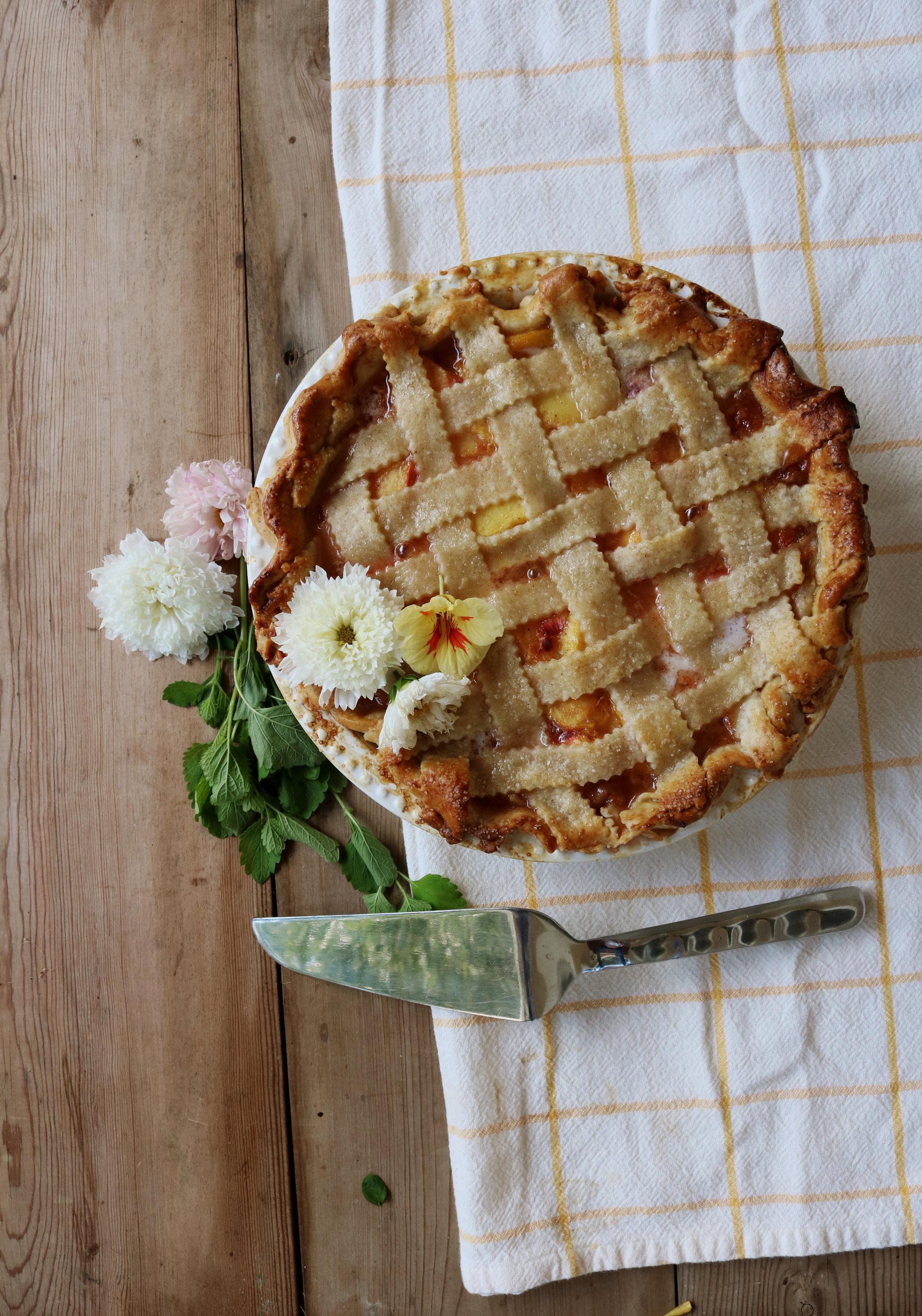 Late Summer Peach Pie - Under A Tin Roof Blog
