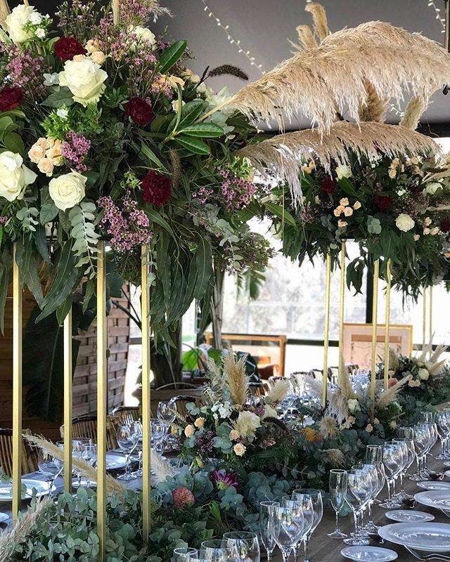 Mesas sin fin para bodas elegantes #smart #lovers  #flowerloversdaily #bodasafloremio #afloremio