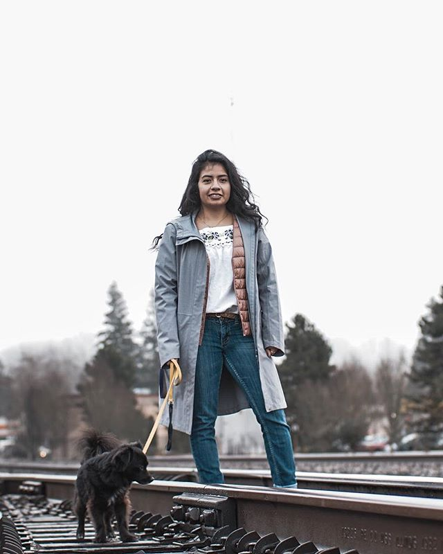 It's NYE, and our storytelling series continues with @xio.evelin and Maya. Excited to start off the year with sharing their adventure. #newyearseve #xicanx #puppies #migration #stories