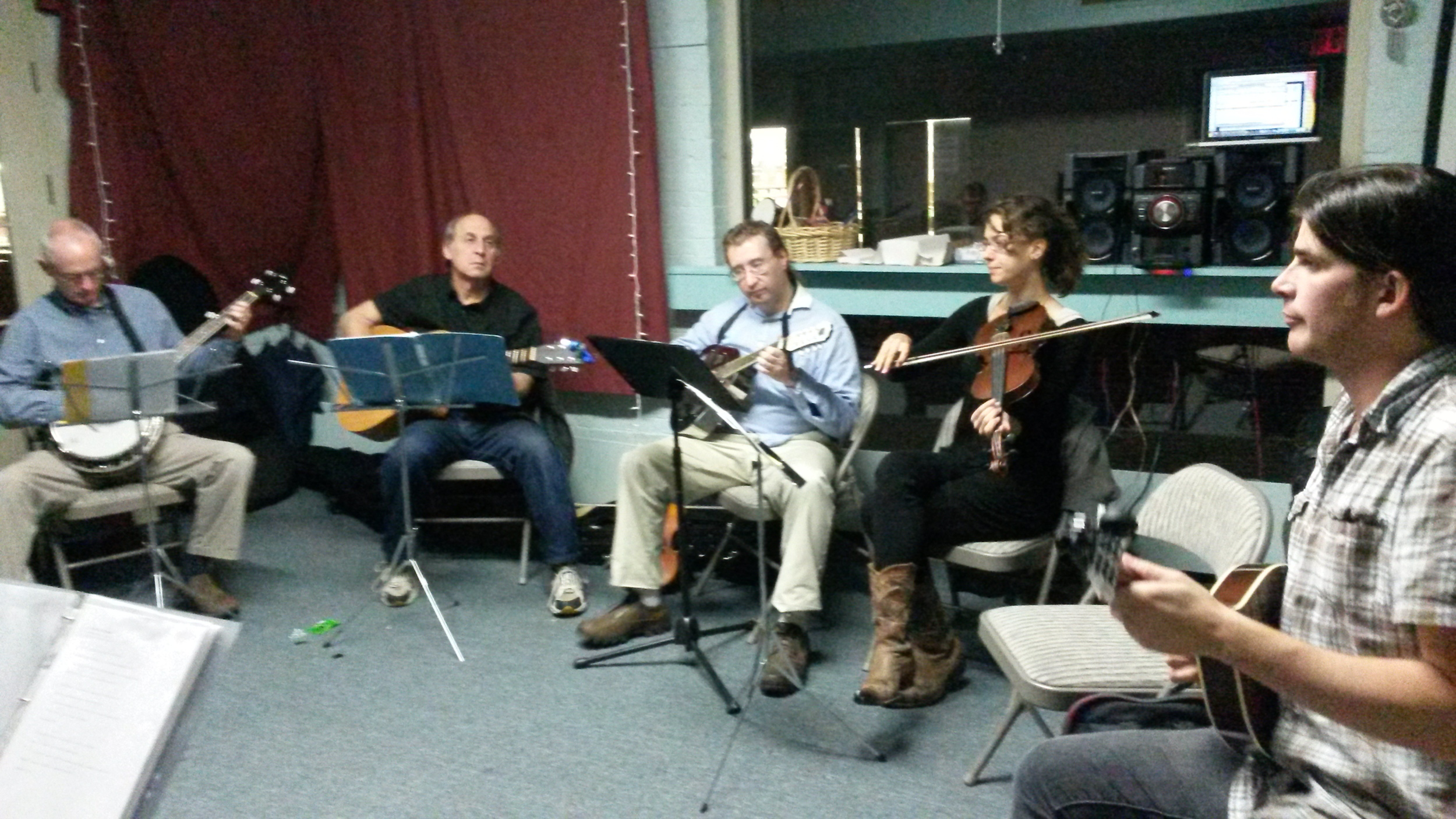 Leading an ensemble at the Passim School of Music in Cambridge, MA. Photo Credit: Hannah Baker