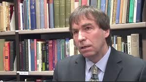 Dr. Peter Saunders