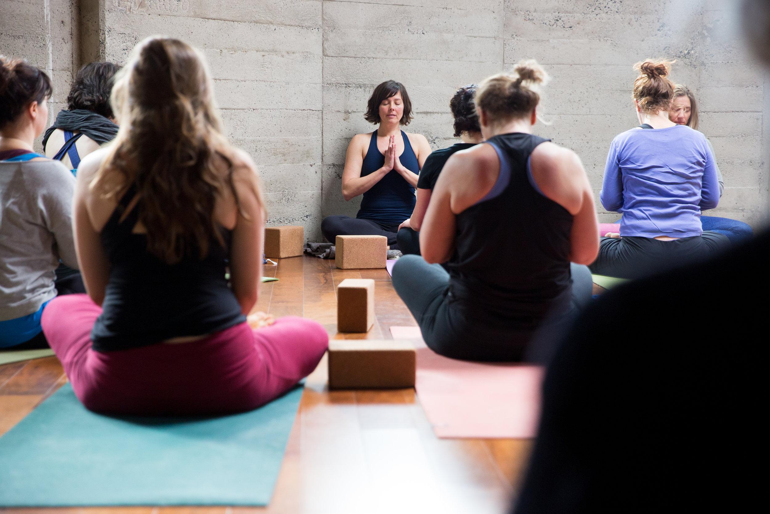 luma yoga Santa Cruz