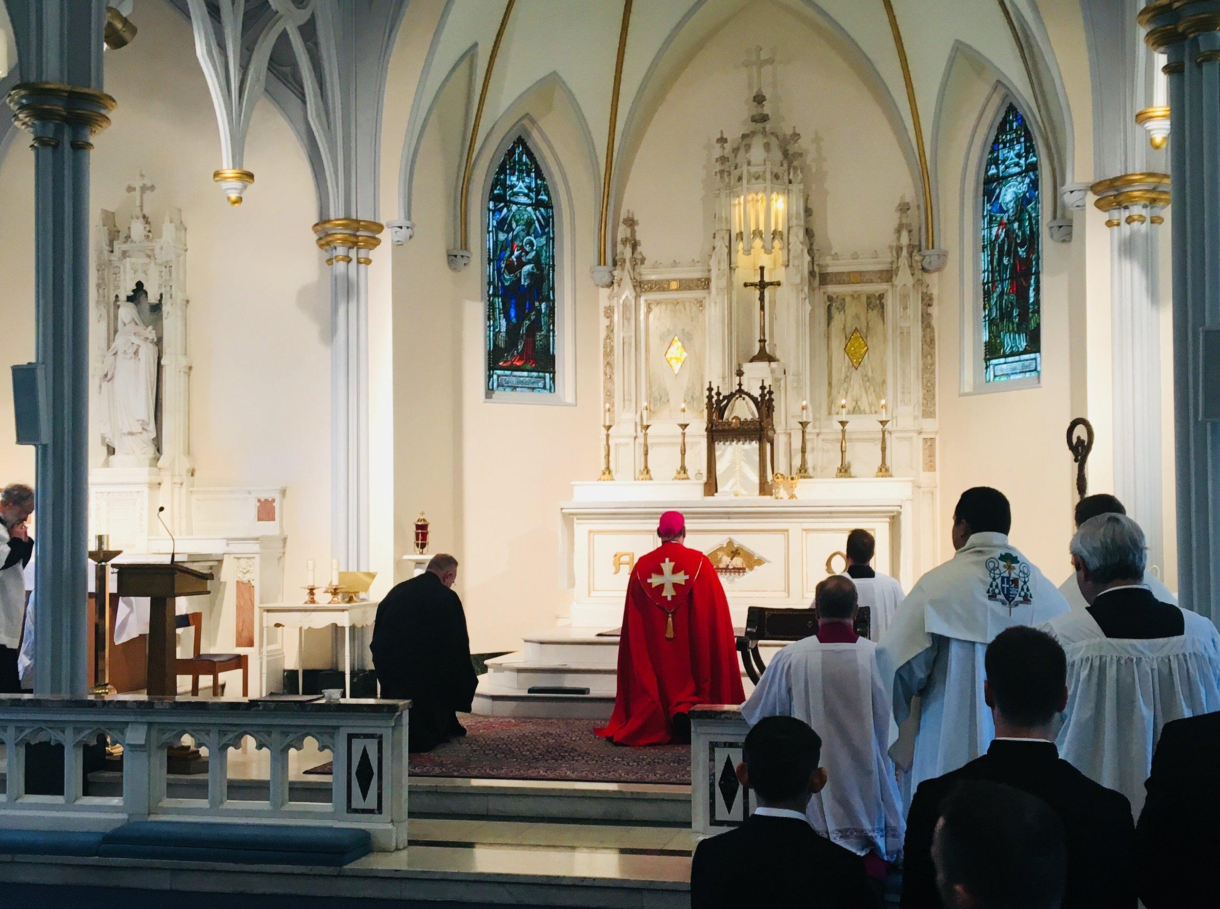 Sacrament Mass 9.jpg
