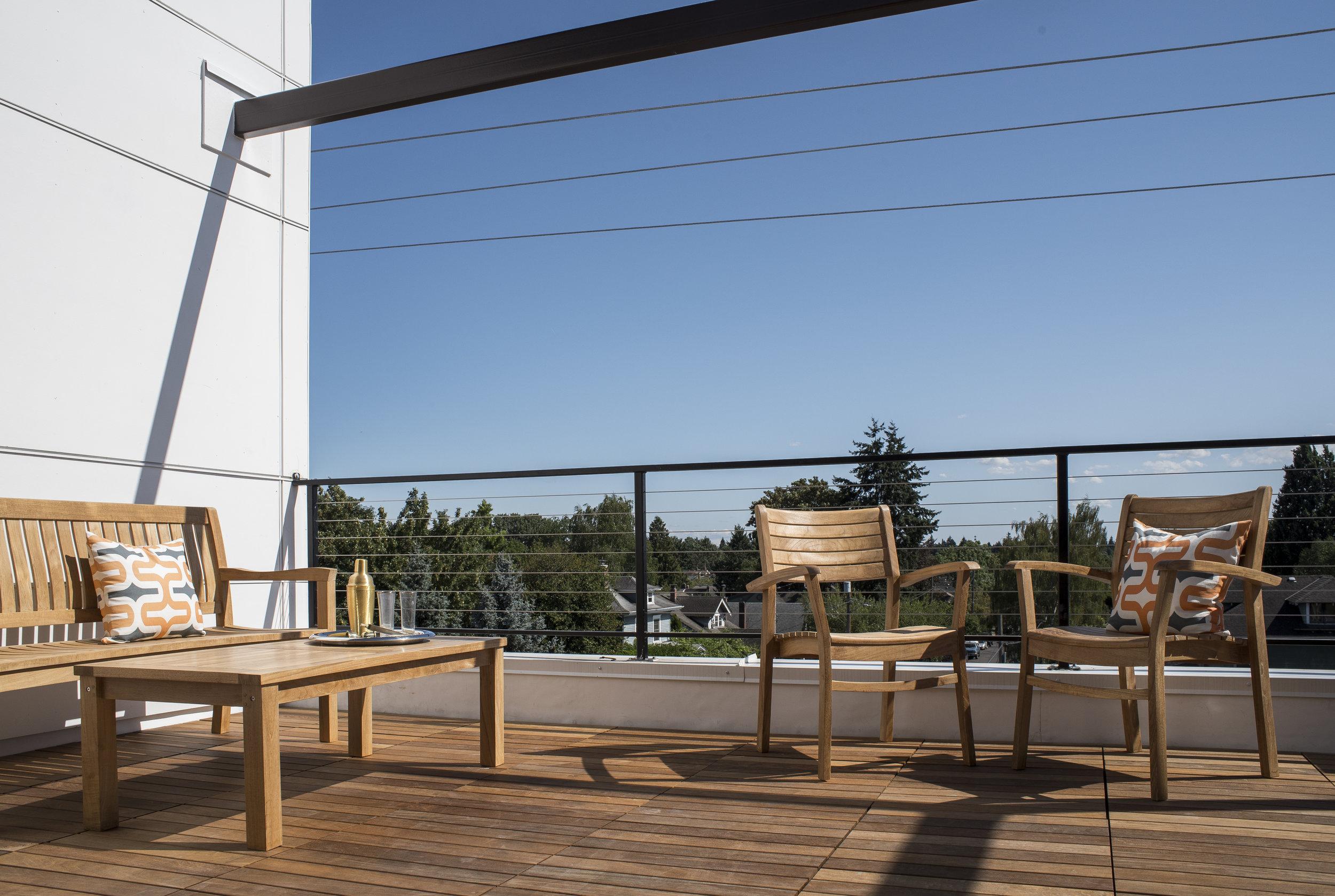 The Hawthorne PDX Portland Apartments Templeton Property Management 3 (1).jpg