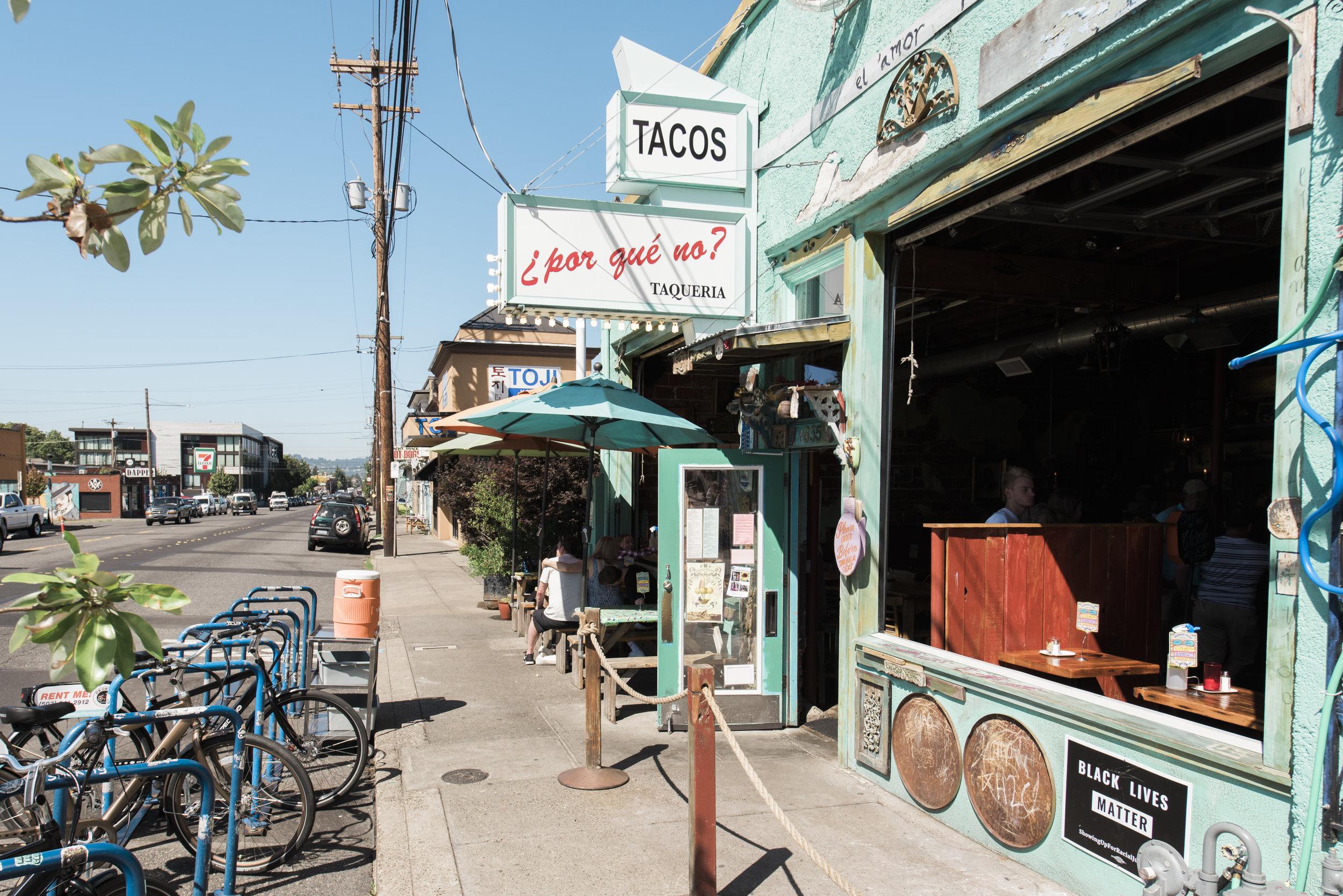 Tacos ext..jpg