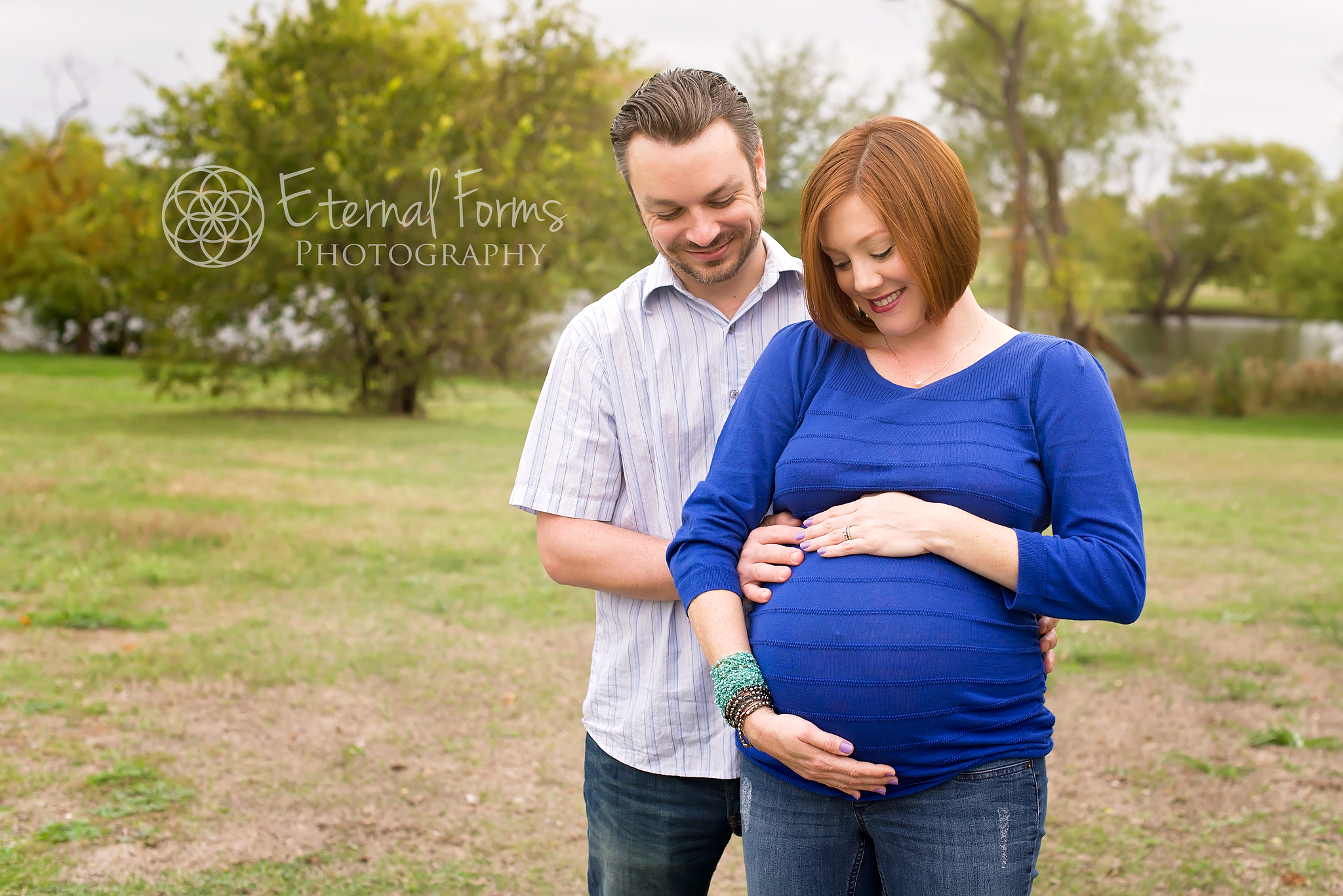 couples maternity portrait session in Round Rock