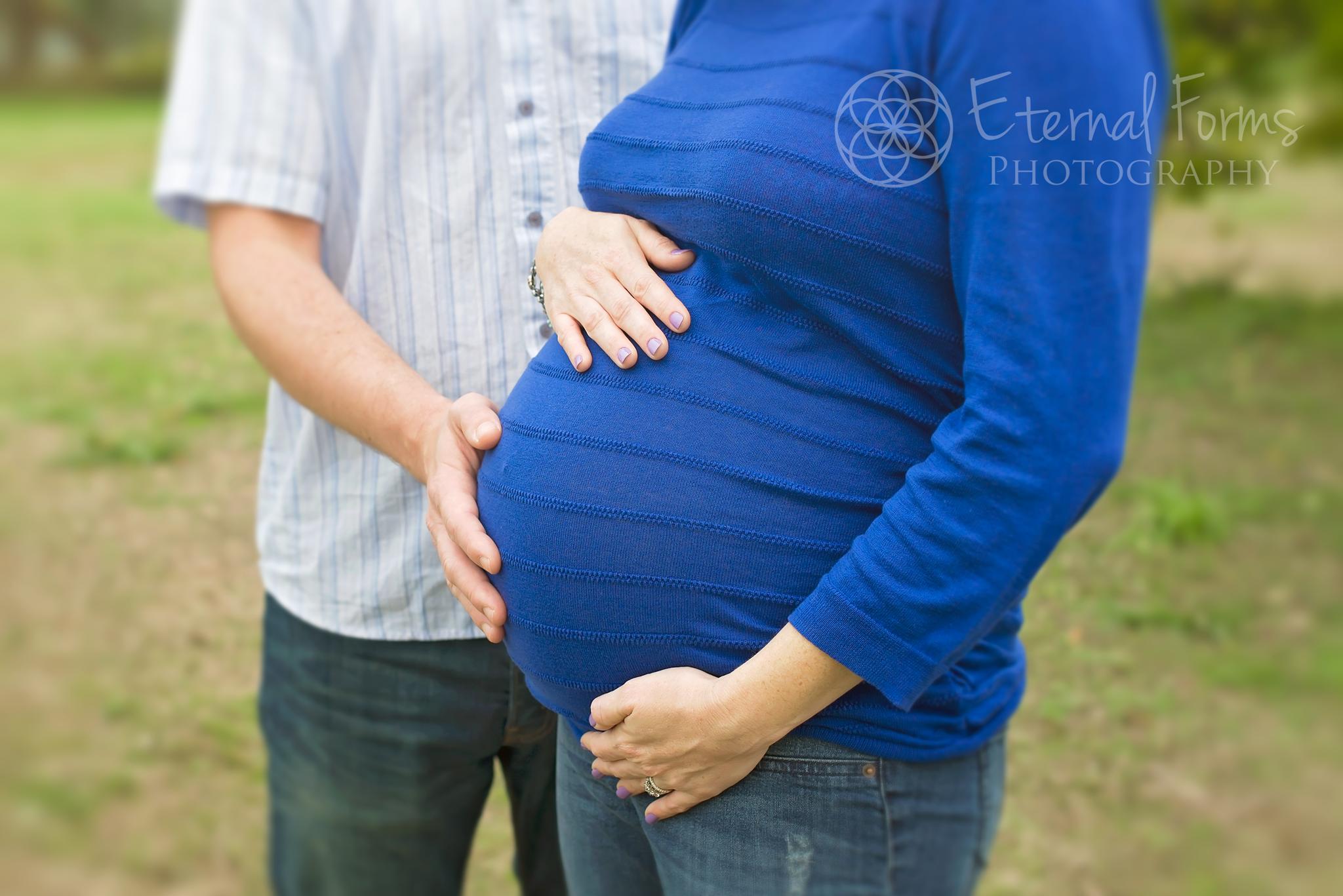 Couples maternity portraits Austin Texas