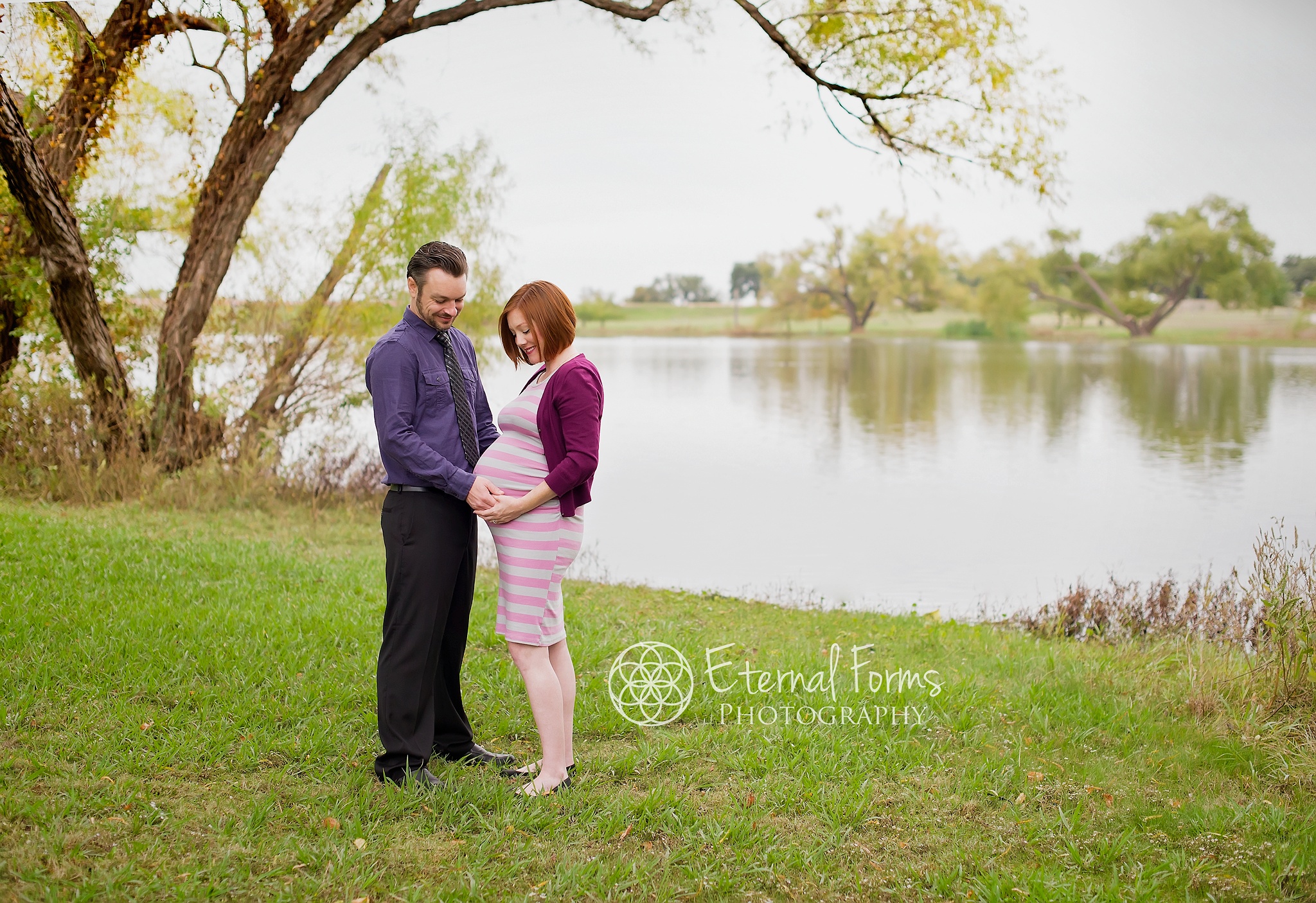 Maternity Photography Couple Poses