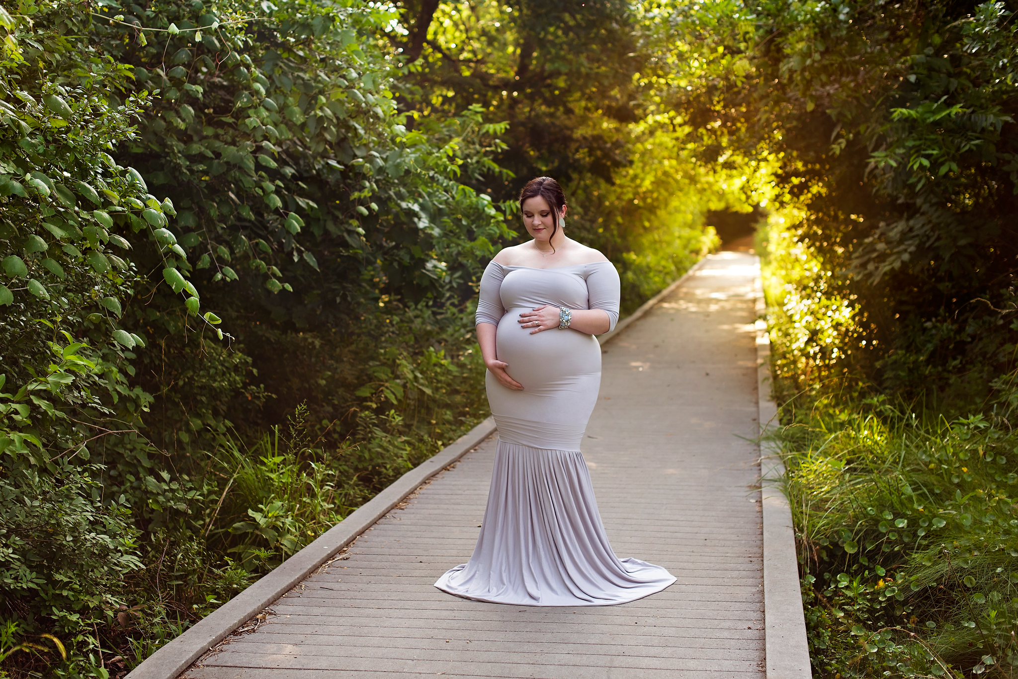 maternity photographer serving Cedar Park