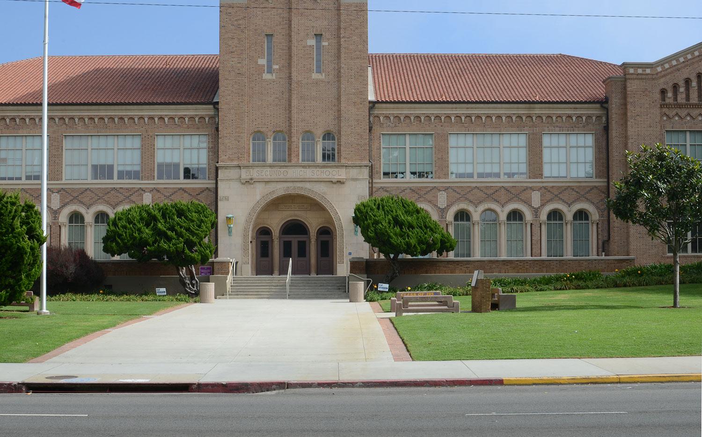 08-El-Segundo-High-School_Photo-by-Augusta-Wood.jpg