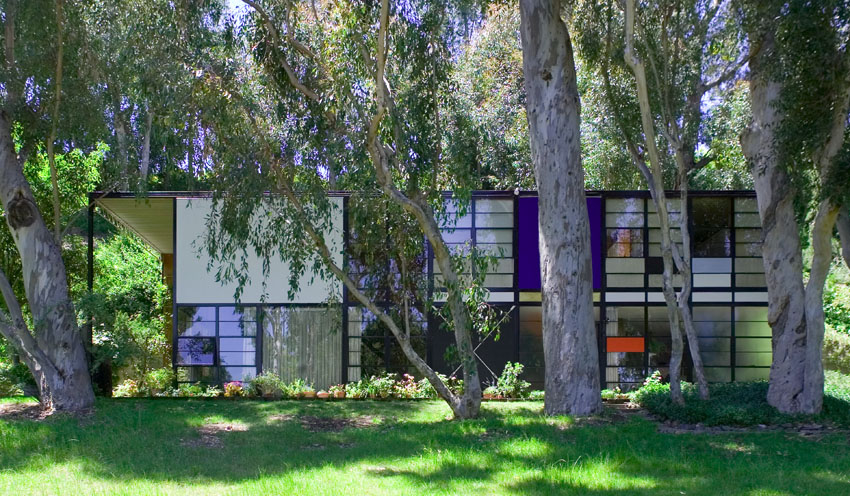 This was the perfect era of design. Have you seen the Charles and Ray Eames California House??