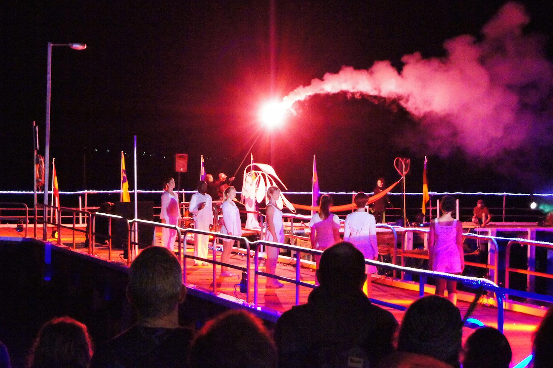Dancers at final ceremony in 2014 Photo by Gloria Van de Meer