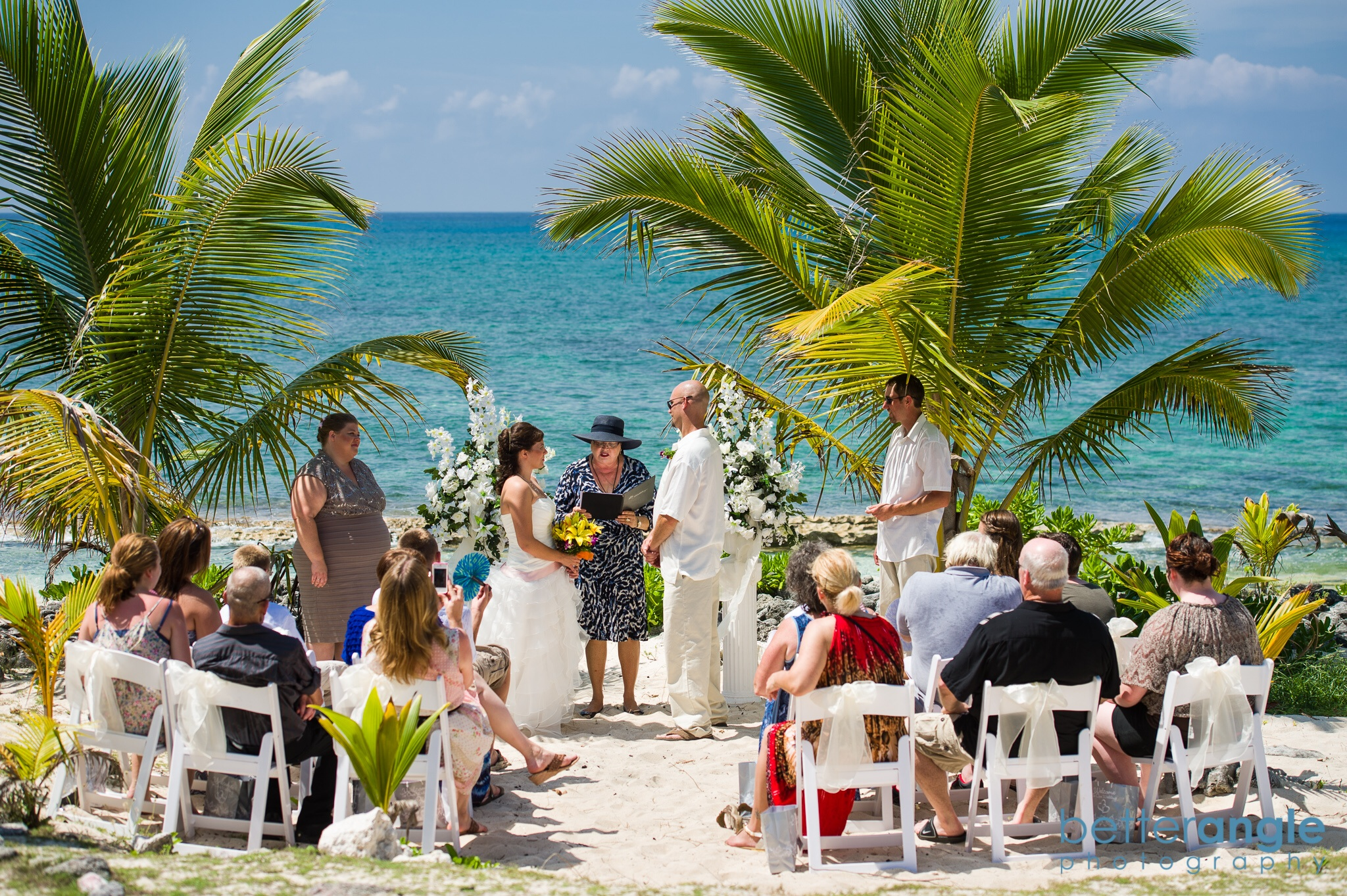 Small beach wedding at Surfer's Beach for a family of cruisers.