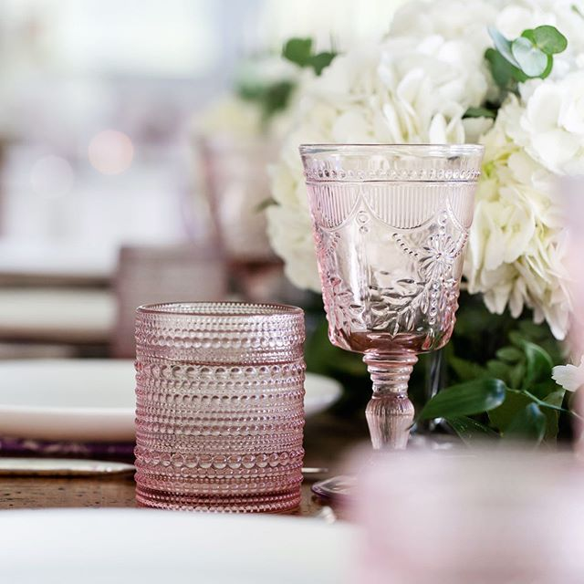I am always so excited to see these vintage goblets and glasses at weddings. Such an easy and beautiful way to add a little extra style to your tables. Rented from @classicaltents.