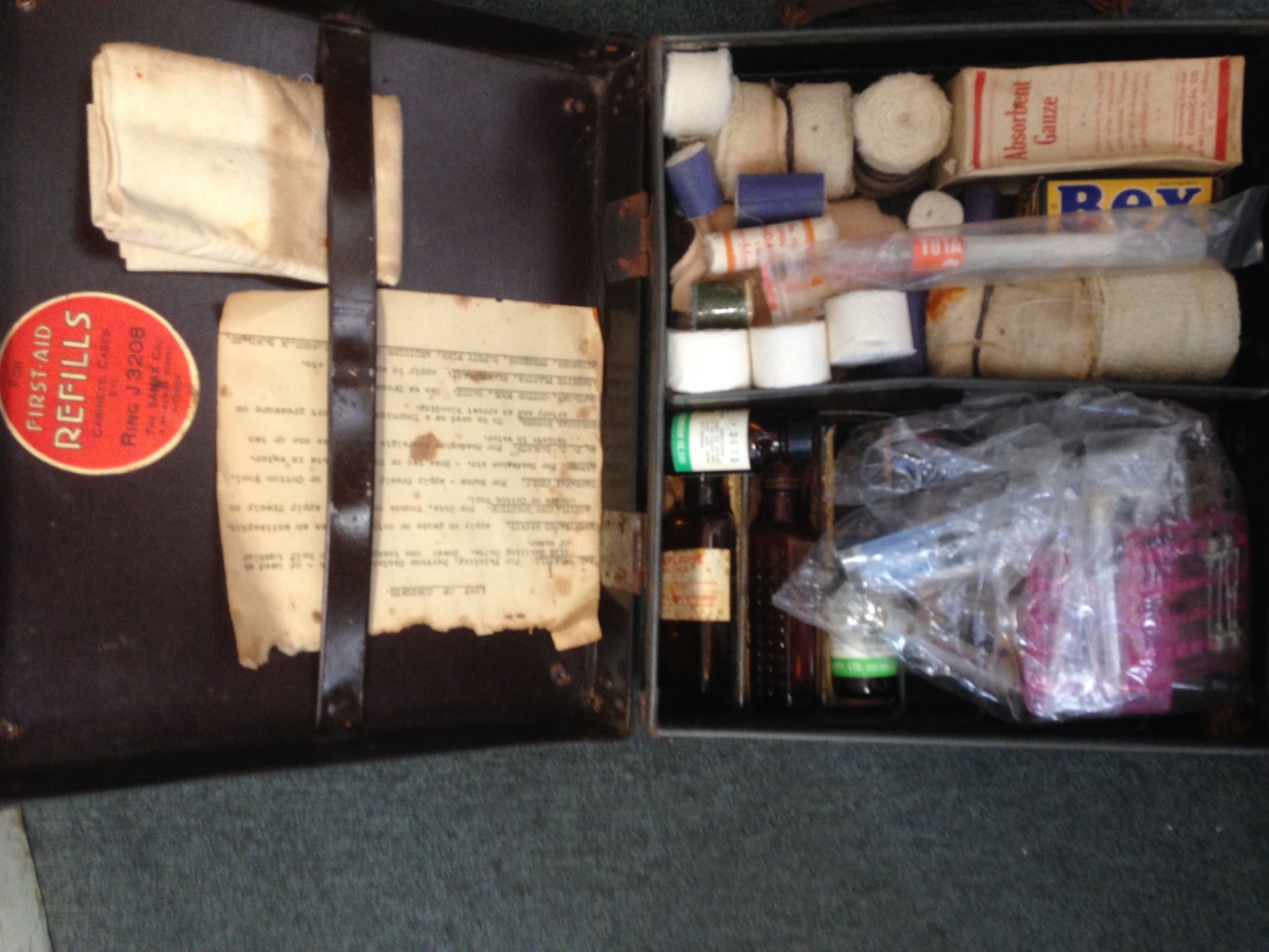 """This medical bag was most likely stocked by a nurse - """"it looks very nursey"""" - back in the days when ambulance officers were drivers with no more medical training then a first aid certificate."""
