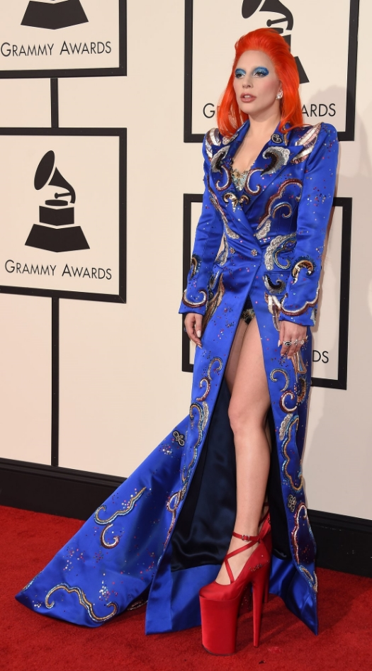 Lady Gaga....Talk about risk! I love that she isn't afraid to do what others won't. She had a theme and she fully committed to it. When it comes to fashion she is the ultimate risk taker and I love it.