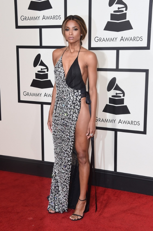I think the hair and makeup are perfection but I did not like the dress. I think the top was ill fitted, I didn't like the pattern and it's giving me Toni Braxton circa the white dress she wore to the Grammy's years ago. I feel like there is something else out there that could have really highlighted her beauty and body better.