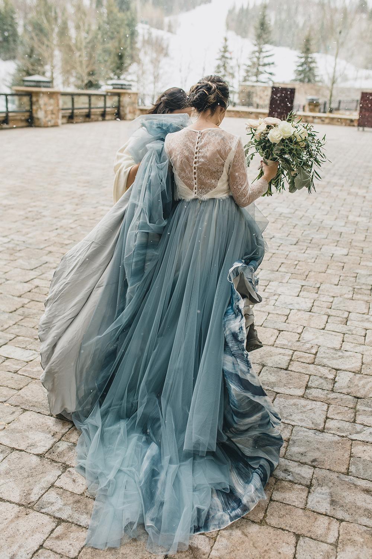 St. Regis Park City Wedding by Alixann Loosle