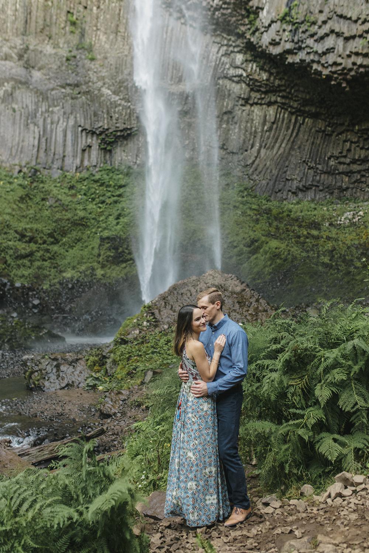 Latourel Falls Engagements14.jpg