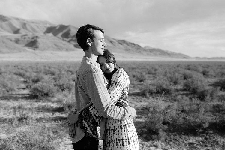 Utah Desert Engagements5.jpg