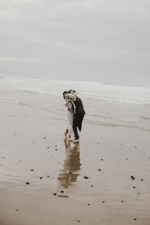 Oceanside Oregon Elopement81.jpg