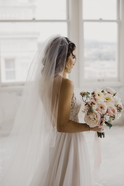 Bluehour Portland Wedding103.jpg