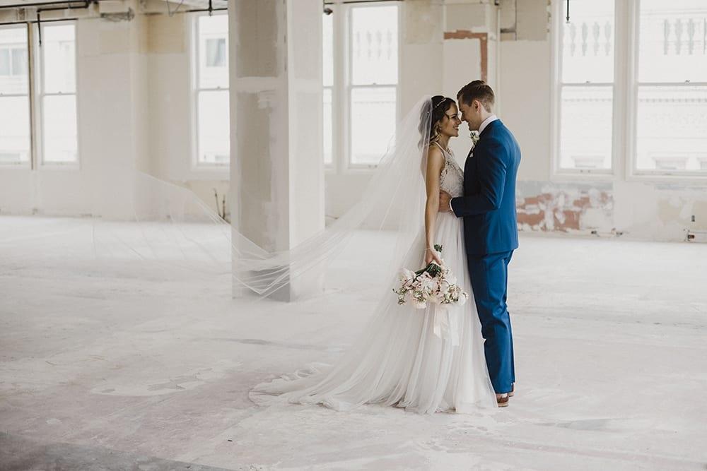 Bluehour Portland Wedding109.jpg