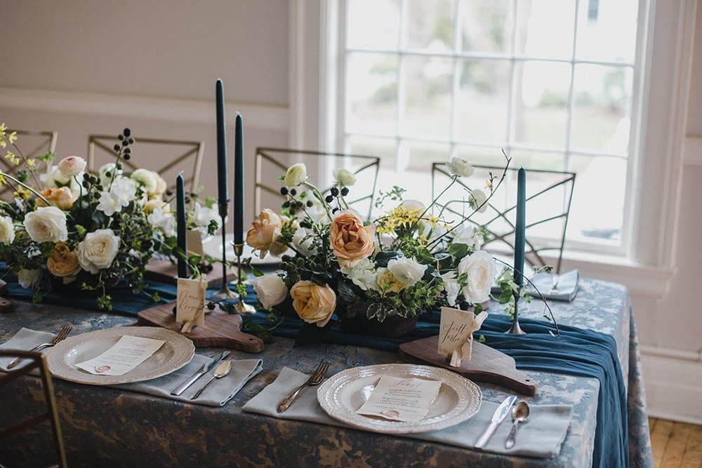 Rainier Chapter House Wedding11.jpg