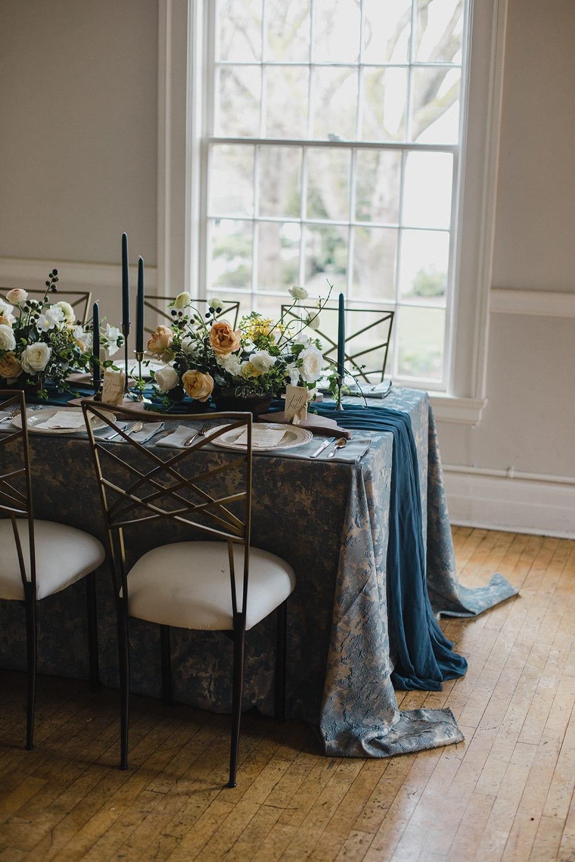 Rainier Chapter House Wedding39.jpg