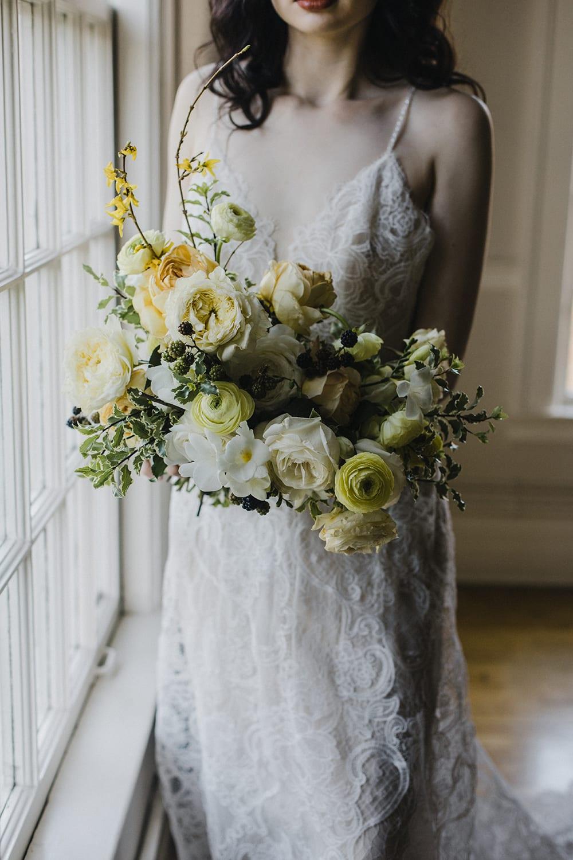 Rainier Chapter House Wedding104.jpg