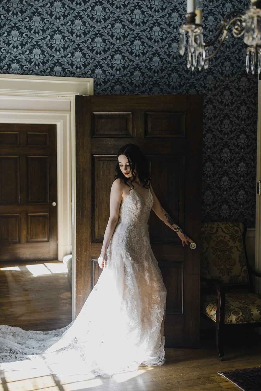 Rainier Chapter House Wedding143.jpg