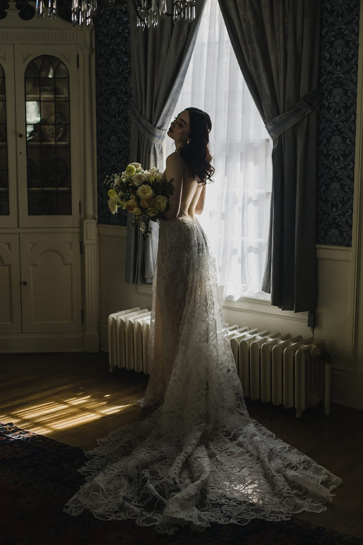 Rainier Chapter House Wedding160.jpg