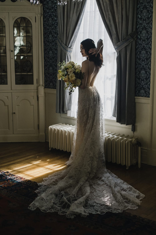 Rainier Chapter House Wedding163.jpg
