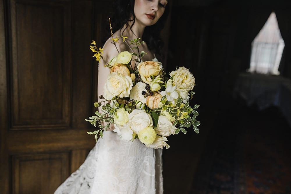 Rainier Chapter House Wedding177.jpg