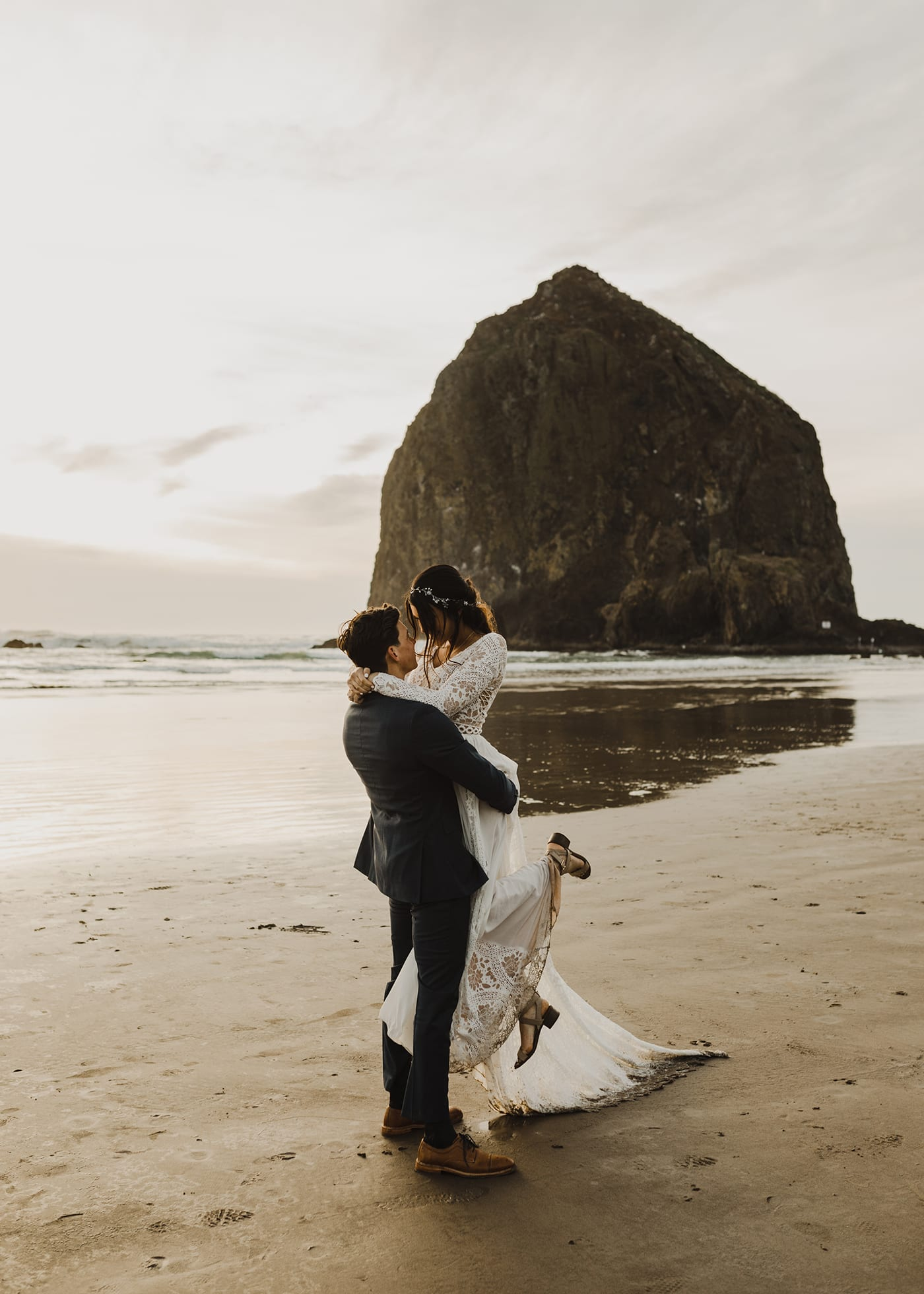 Hug Point Elopement Photos48.jpg