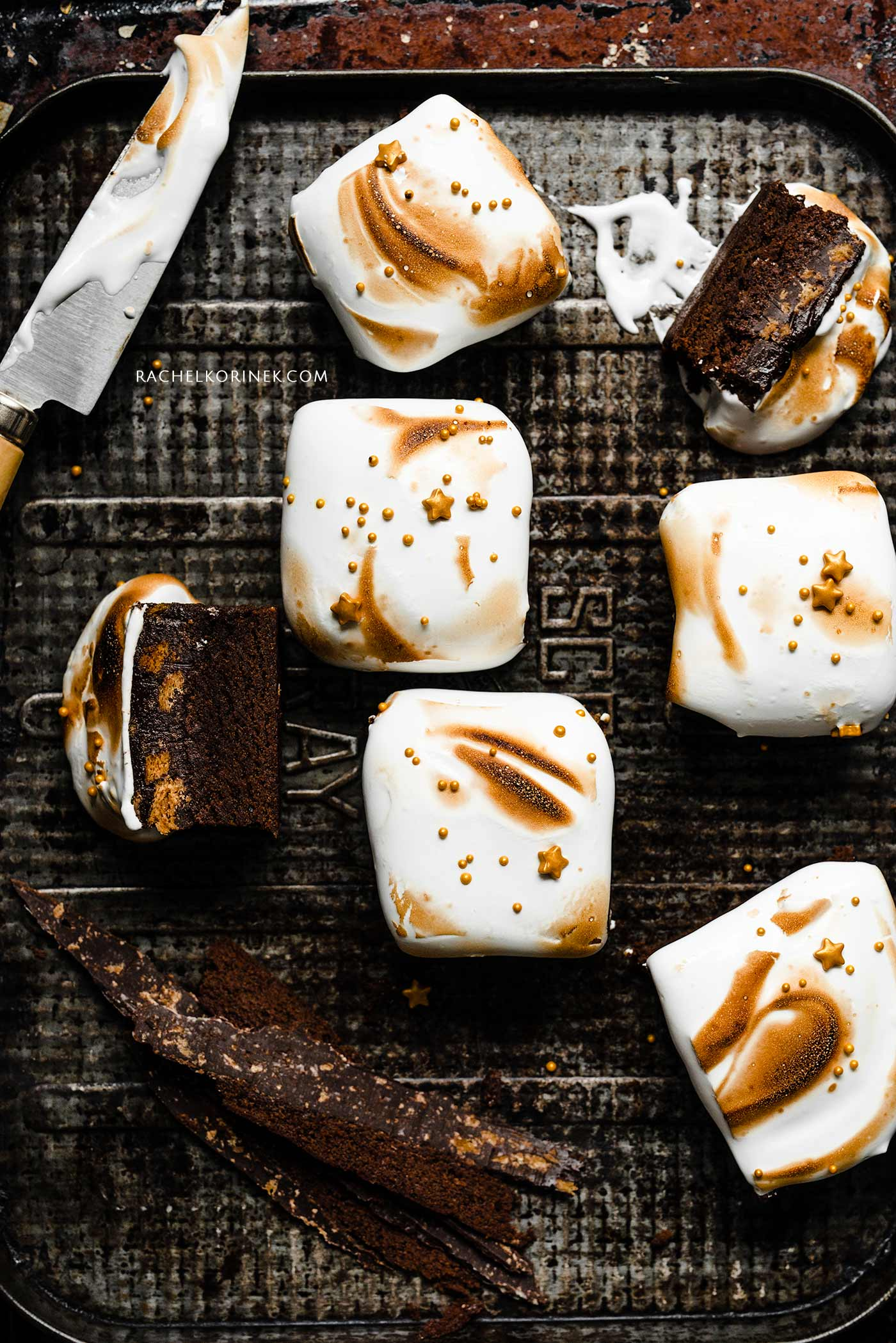 Rachel Korinek | Food Photographer Christmas S'mores Brownies  Click to check out my latest food photography projects.  #twolovesstudio #beautifulcuisine #foodbloggerpro #foodphotography #learnfoodphotography #foodblogger #learnphotography #foodstyling #lightingtips #naturallight #foodphotographer