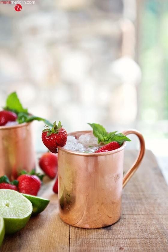 Strawberry-Moscow-Mule-Marla-Meridith-BO1V0033.jpg