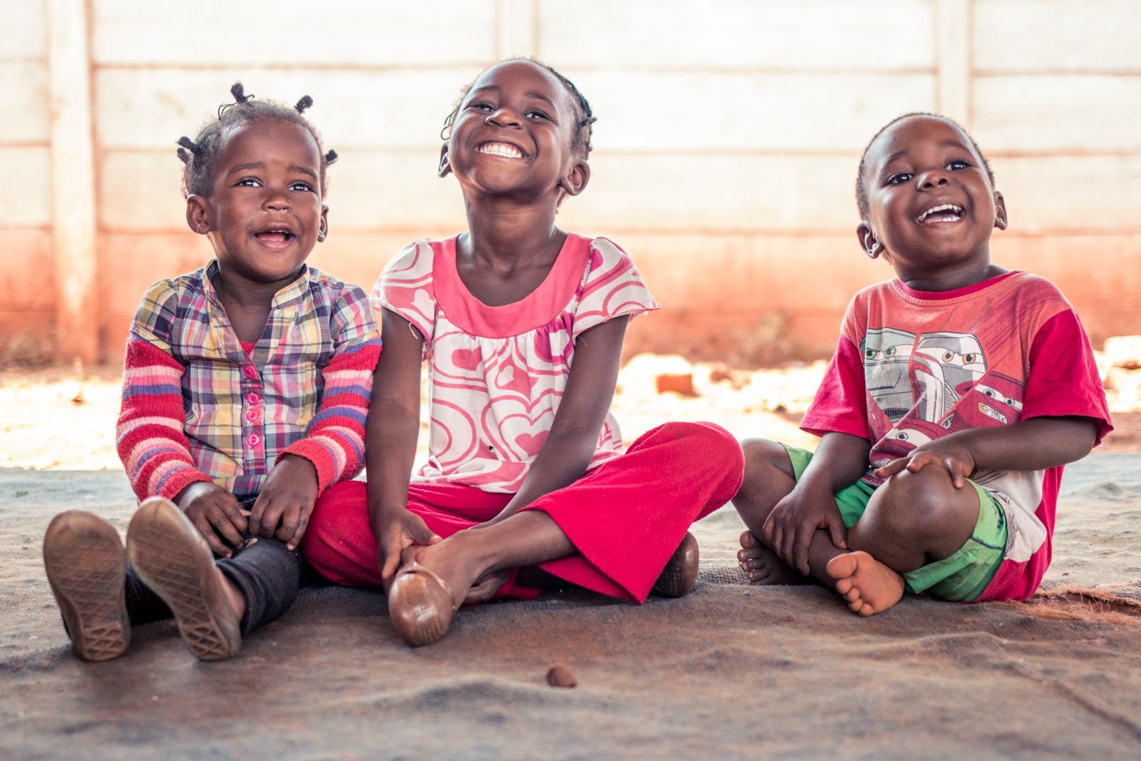 ZIMBABWE: [Home Visit] Bishop Musakwa's Children and a friend.