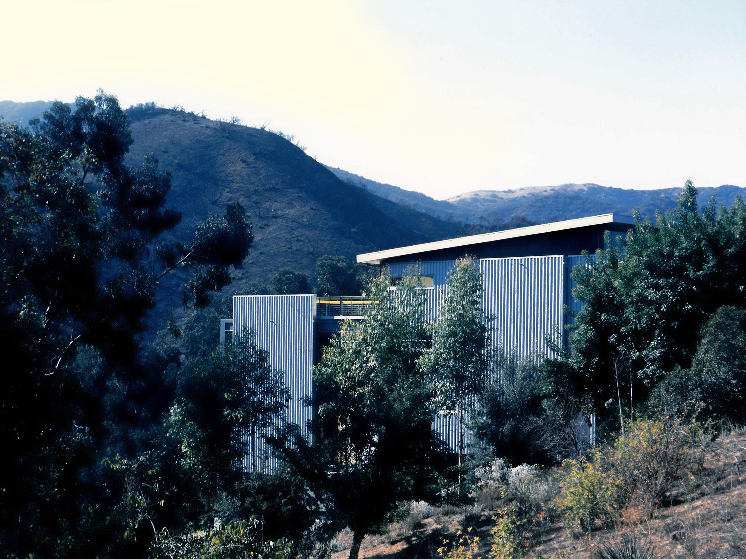 (19) Hillside House, San Fernando Valley, CA..jpg