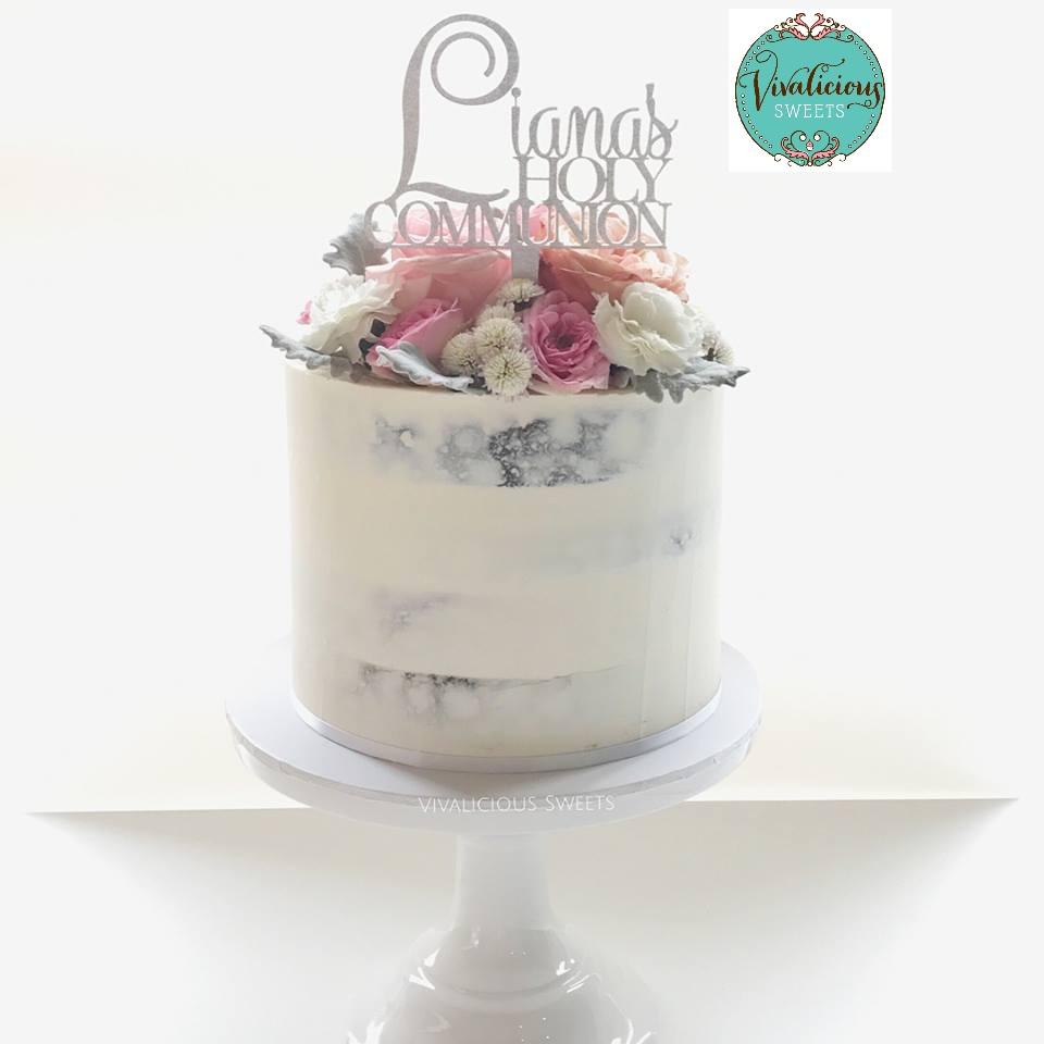 lianas-holy-communion-cake-topper.jpg