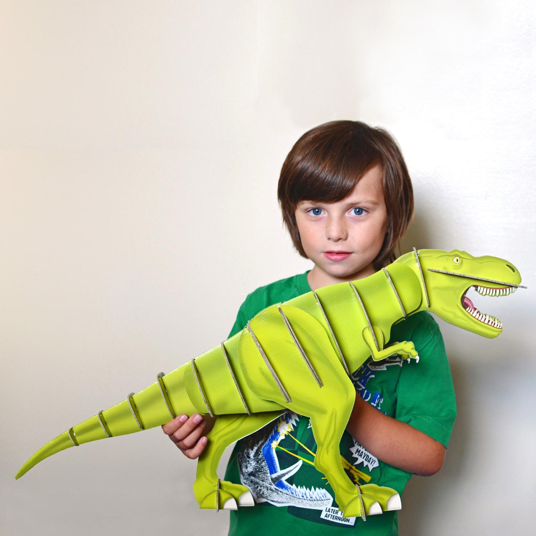 giant dinosaur model kit 01.jpg
