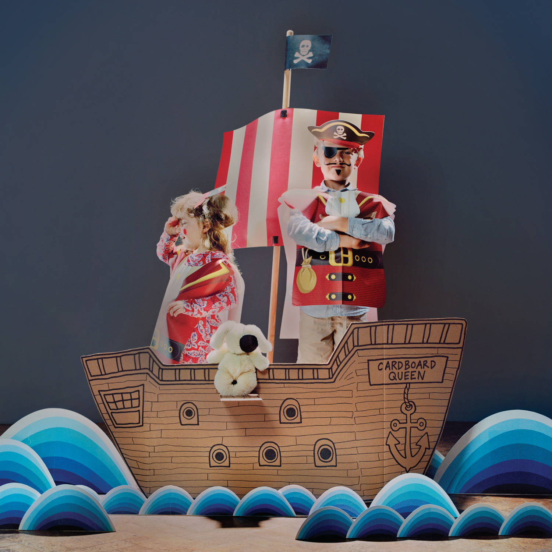Dress-Up-Pirate-lifestyle01-1500x1500.jpg
